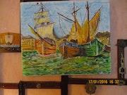 Petit port breton jour de fète au retour des pêcheurs.