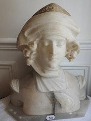 Buste de jeune femme en marbre et albâtre signé luchini.