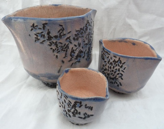La Trilogie des vases «Grains de riz». Aline Arnaud Atelier-Chrisalina: Aline Arnaud