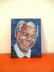 Nelson Mandela. Maud Grosset