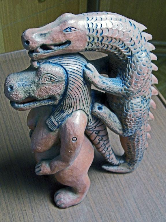 Ägyptische Gottheit -Keramikplastik. Ulrike Vetter Ulvera