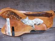 Chat à la guitare peint sur bois. Decorinne