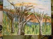 Trois arbres de l'autre côté de la falaise de glaise. Snyder