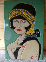 Tableau émaux cloisonnés sur terre cuite «Portrait de femme : Angela».