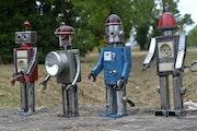 Robots. Xzav Phil