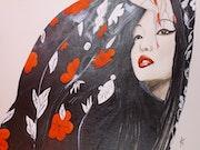 Geisha au kimono fleuri.