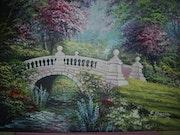 Puente blanco en el renacer de la primavera.