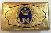 Schöne Tabatiere Kaiser Napoleon Bonaparte, vergoldet, 19. Jhdt..