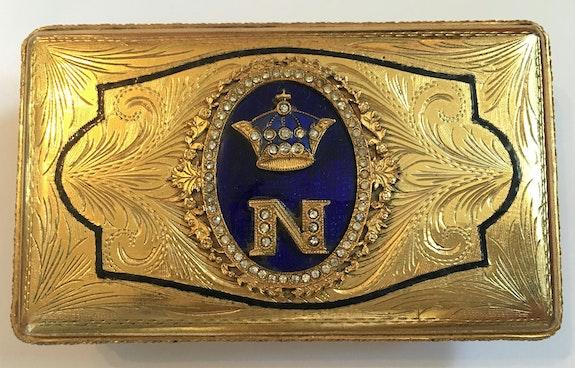 Schöne Tabatiere Kaiser Napoleon Bonaparte, vergoldet, 19. Jhdt..  Thomas Kern