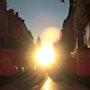 Lever de soleil rue Taillefer Périgueux. Béatrice Loubet