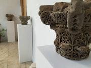 Capitel califal de avispero.. Alfonso Cost