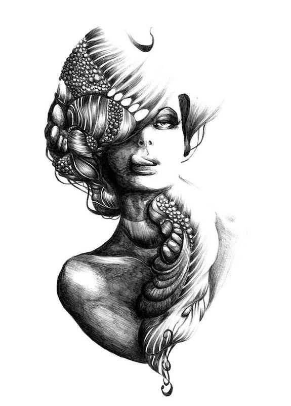 Portrait de femme aux bijoux. Léna Léna