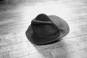 Le chapeau.