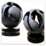 Mila, Sculpture Bronze. Bea Bis