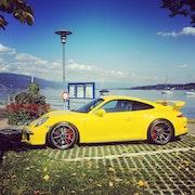 La Porsche jaune. La Maison Du Livre