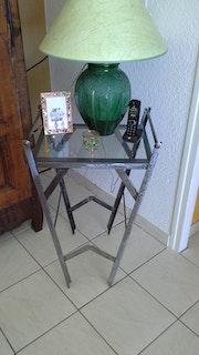Table métal.