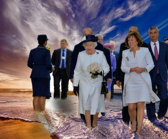 Sa majesté arrive en France pour une visite officielle…. Jlg Jean Lou G