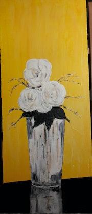 Bouquet sur fond jaune.