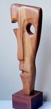 Ahşap soyut heykel. Canip Doğutürk