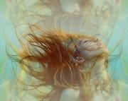 Cheveux au vent. Marie Carteron