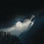 L'astre lunaire perçe la lumière. Stéphane Huet