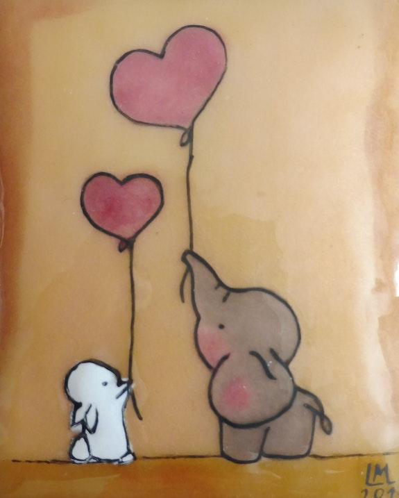 Le lapin et l'éléphant avec des ballons coeur.  Martine Levillain