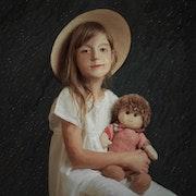 L'enfant et la poupée.