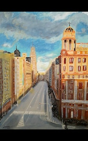 Atardecer en Gran Via, Madrid. Sunset on Gran Via street, Madrid..